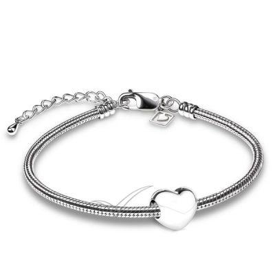J0246 Heart bead